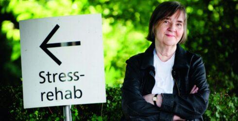 Professor Marie Åsberg föreläser om stress och utmattningssyndrom